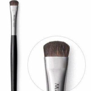 Mary Kay Eye Smudger Brush
